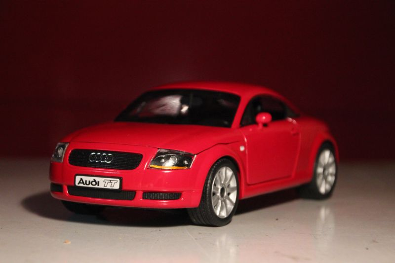 1 18 audi tt coupe 8n brillantrot rs4 b5 felgen. Black Bedroom Furniture Sets. Home Design Ideas